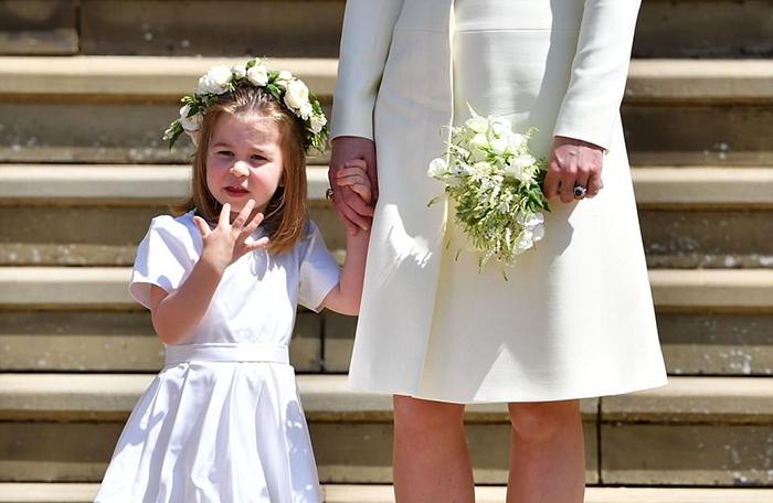 Шарлотта в день свадьбы Гарри и Меган.
