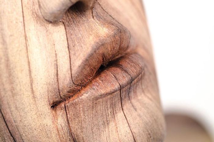 *Деревянные* скульптуры Кристофера Давида Уайта.