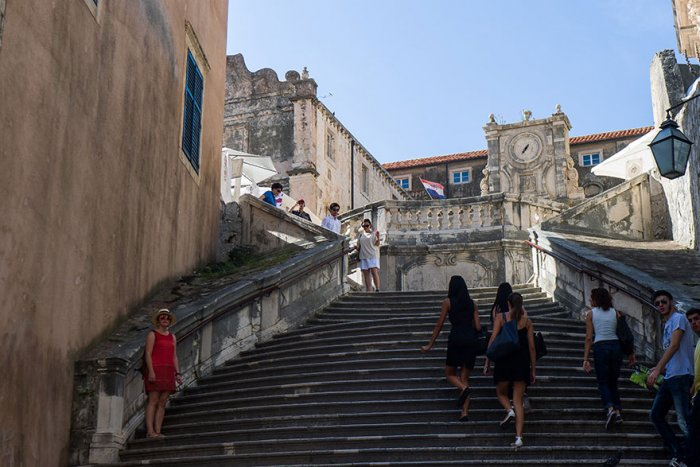 Барочная лестница (Дубровник) - знаменитая сцена  с обнаженной Серсеей.