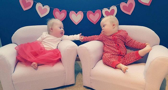 Детишкам всего два года, и их дружба длится почти всю их жизнь.