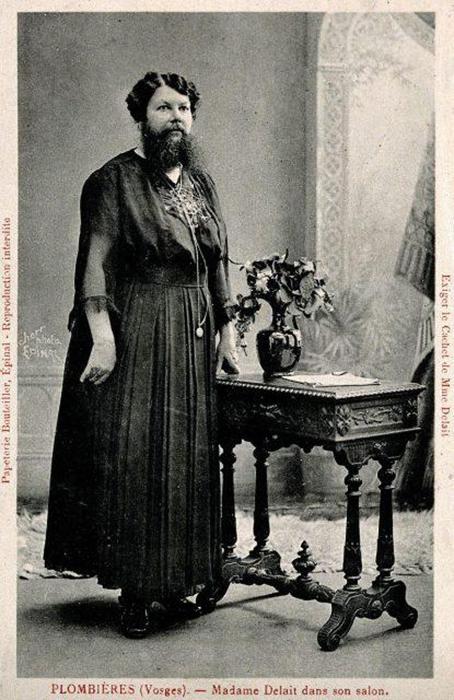 В своих мемуарах Клементин признается, что борода положительно повлияла на ее бизнес.