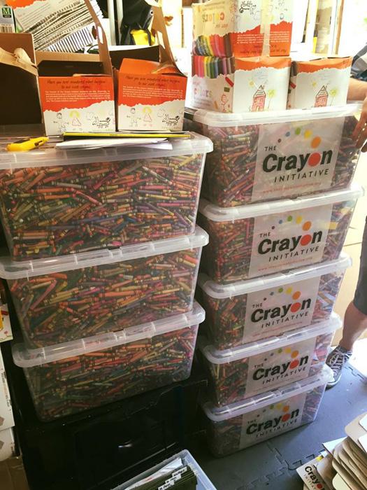 Бесплатные мелки от The Crayon Initiative.
