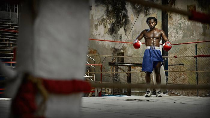 Ксавьер Лозано сразу после поединка в зале Gimnasio de Boxeo Rafael Trejo (Гавана).