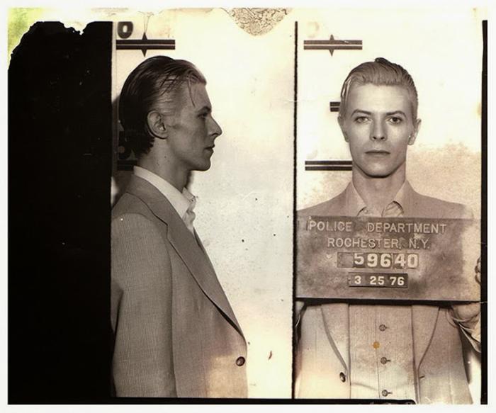 Фотография под арестом: David Bowie.