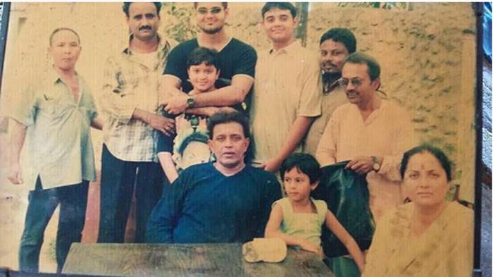 Семейный снимок Чакраборти. Instagram dishanichakraborty.