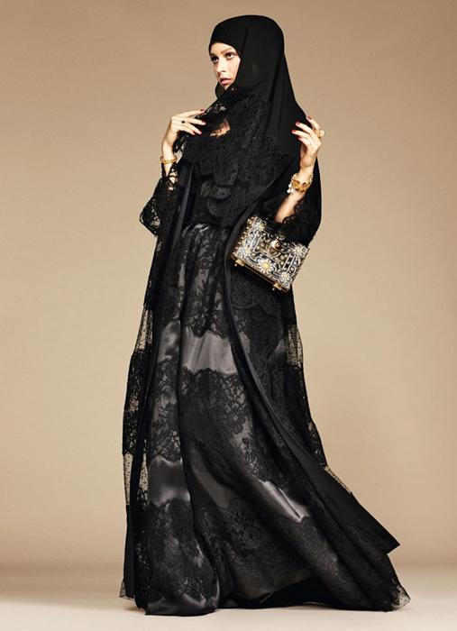 Изящные кружева.The Dolce & Gabbana Abaya Collection.