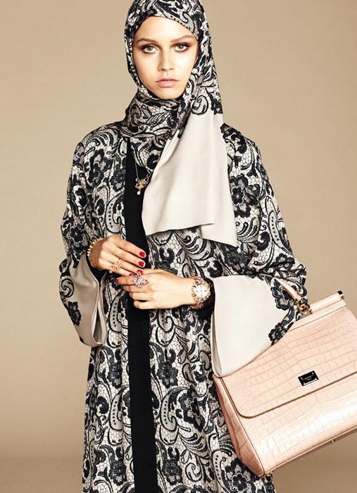 Кружева и атлас.The Dolce & Gabbana Abaya Collection.