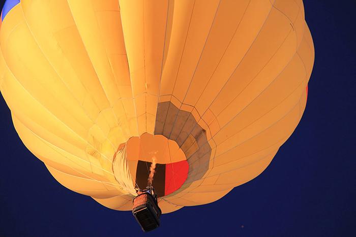 Норма даже поднималась в воздух на воздушном шаре!
