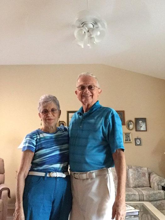 Бабушка возбудила дедушку фото 366-36