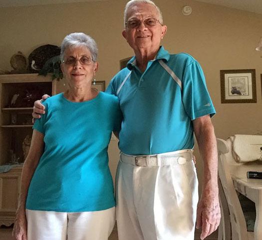Бабушка возбудила дедушку фото 366-242