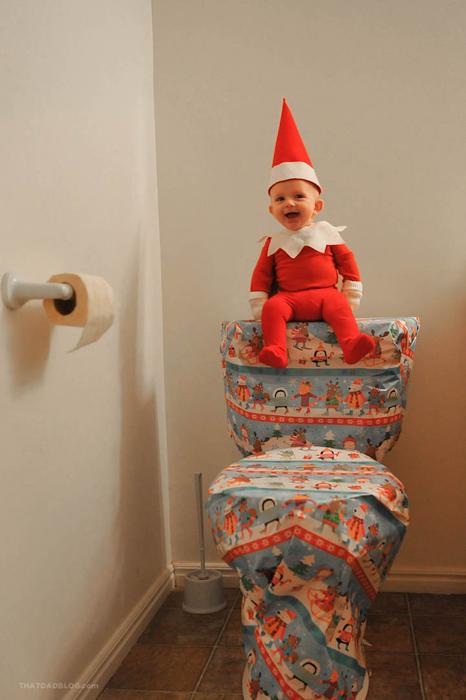 День 4. Эльф очень помог нам в заворачивании подарков - это он молодец. Но вот когда я пришел  ночью в туалет и увидел там ВОТ ЭТОТ подарок - нет, тут он совсем не молодец...