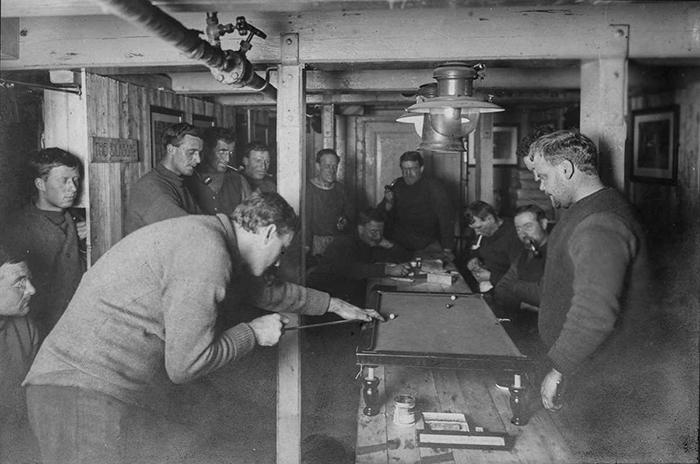 Досуг экипажа на борту «Эндьюранса».