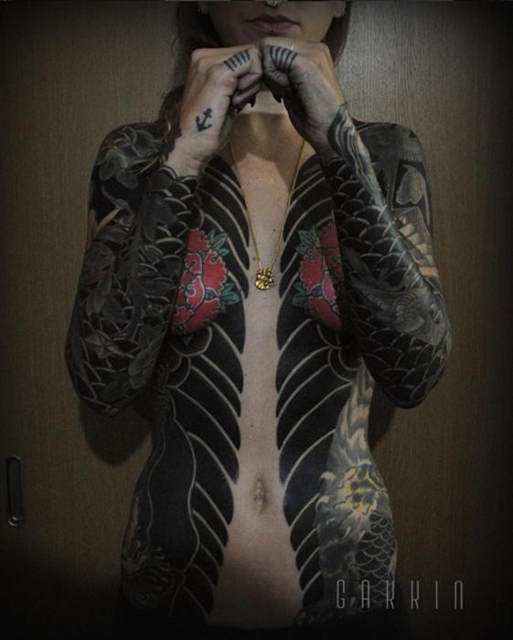 Татуировка, сделанная клиентке из Новой Каледонии. Автор: Gakkin.