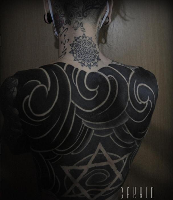 Три дня татуирования, и все еще не финал. Автор: Gakkin.