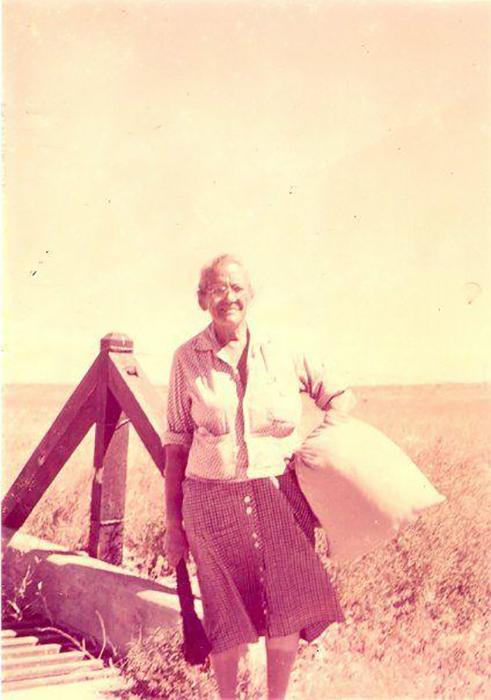 Уже к концу своего первого путешествия бабушка Гейтвуд стала знаменитостью.