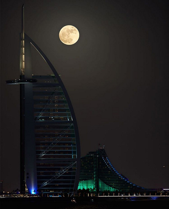Спокойной ночи, Дубай. Из инстаграма Хамдана.