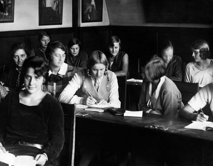 Хелена Майер в немецкой школе, 1928 год.