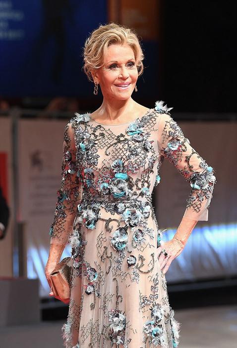 Платье Джейн Фонда было признано одним из самых элегантных на кинофестивале.