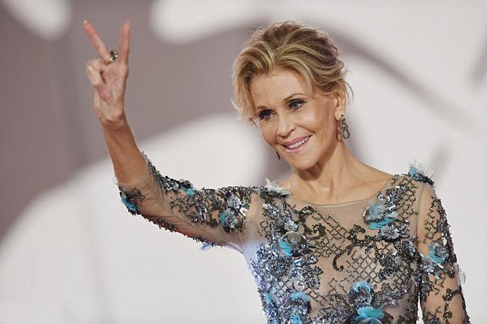 Джейн Фонда на 74-м Венецианском кинофестивале.