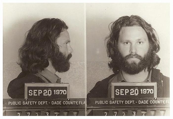 Фотография под арестом: Jim Morrison.