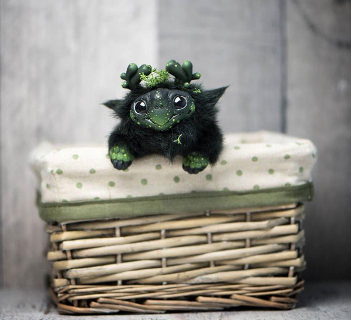 Темно-зеленая черепашка. Автор: Katyushka Dolls.
