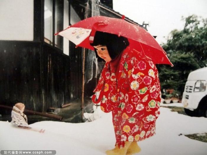 Зимние приключения мисс Будущее. Автор фото: Kotori Kawashima.