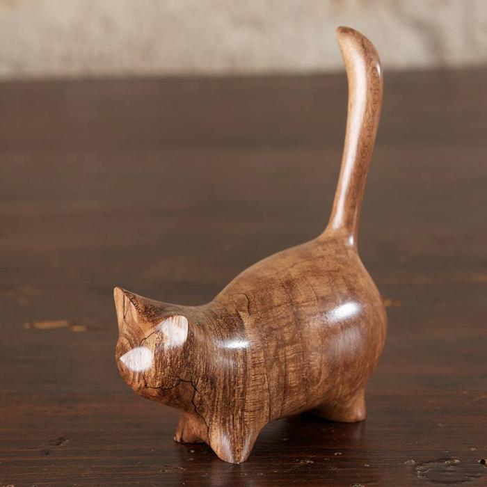 Кошка. Автор: Рerry Lancaster.