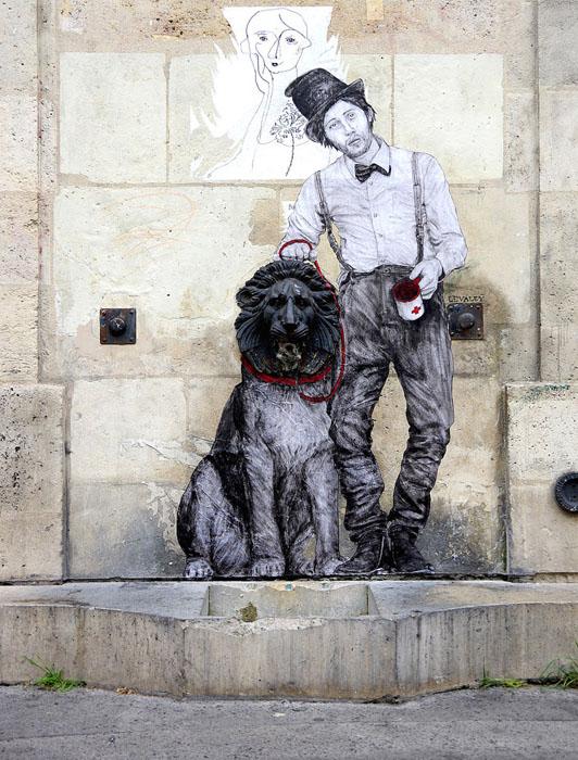 Граффити в Париже. Автор: Levalet.