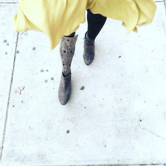 Почти полжизни девушка живет без своей правой ноги. Instagram caxmee.