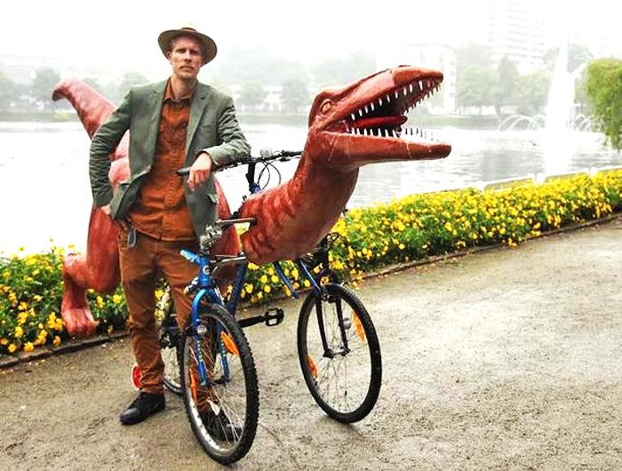 Маркус Моэстуэ и его необычный велосипед.