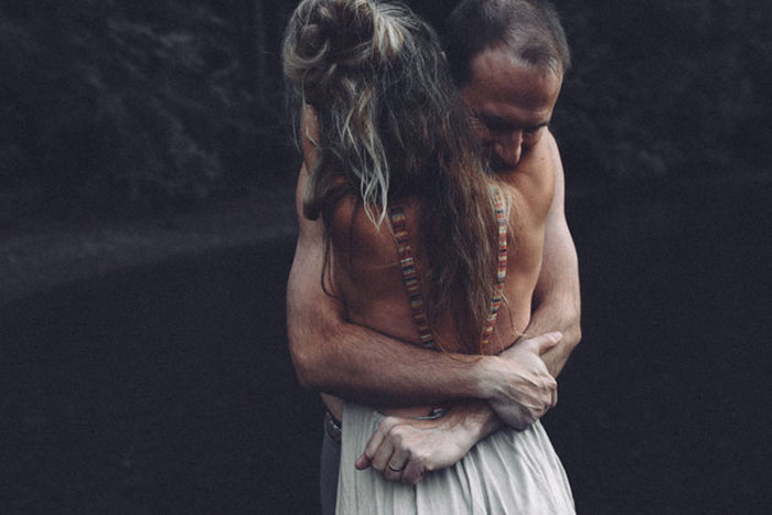 Влюбленная пара.  Фото: Trina Cary Photography.