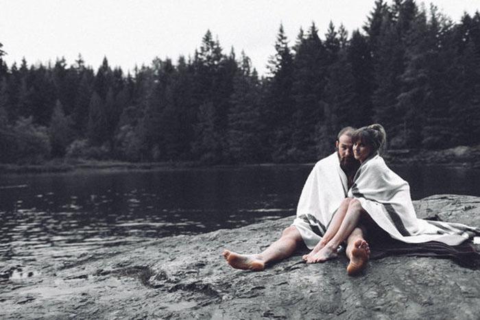 Фотосессия на берегу озера. Фото: Trina Cary Photography.