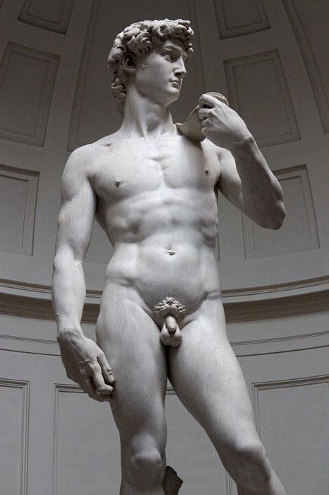 5-метровая статуя Давида была высечена из цельного куска мрамора.