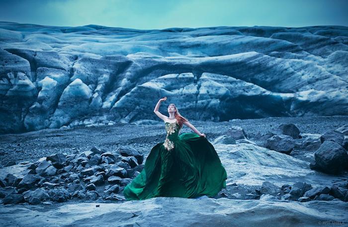 На плато: модель Грейс Грей, фотограф  Miss Aniela.