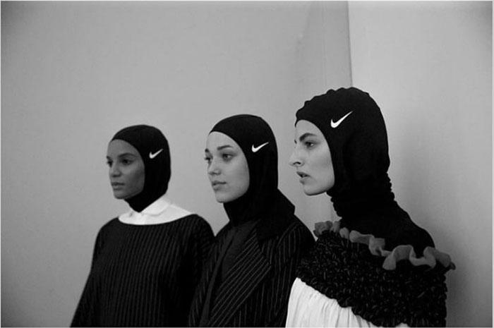Спортсменки в хиджабах от Nike.