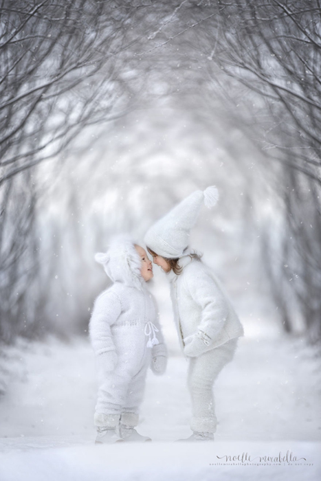 Снежные детки. Фото: Noelle Mirabella Photography.