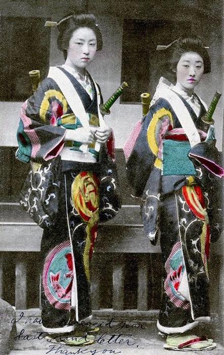 Женщины, обученные боевым искусствам, всегда принадлежали к высшему сословию.
