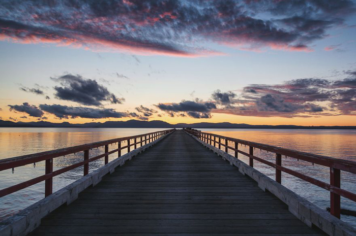 Закат у воды. Фото:  Patrick Monatsberger.