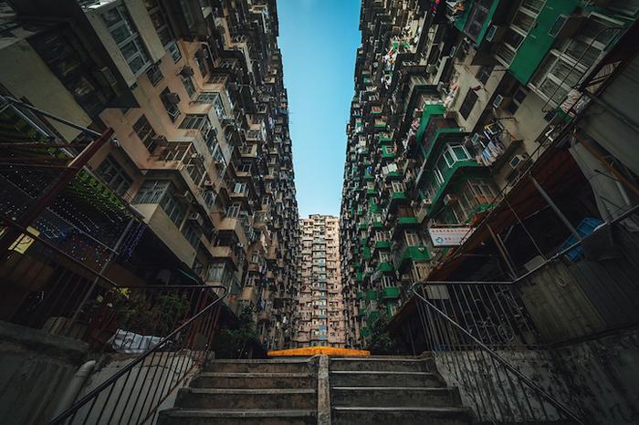 Плотная застройка жилых кварталов Гонконга.