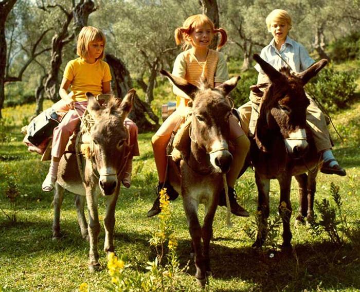 Пеппи Длинныйчулок со своими друзьями Томми и Анникой Сеттергрен.