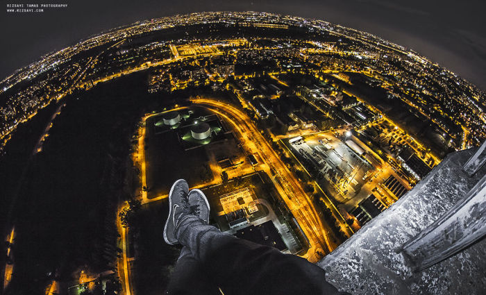 Ночной Будапешт. Автор фото: Tamas Rizsavi.
