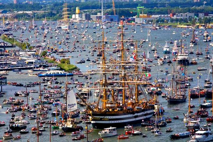 SAIL Amsterdam - по-настоящему масштабное  и впечатляющее зрелище.