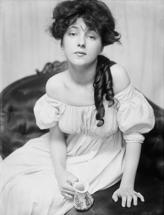 Evelyn Nesbit, американская натурщица и актриса.