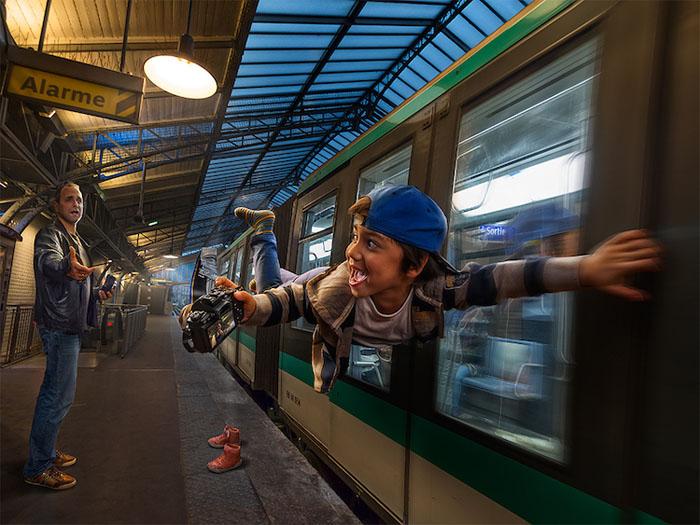Успеть на поезд. Автор: Adrian Sommeling.
