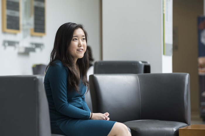 Стефани Мои стала самой молодой выпускницей университета Джорджа Мейсона.