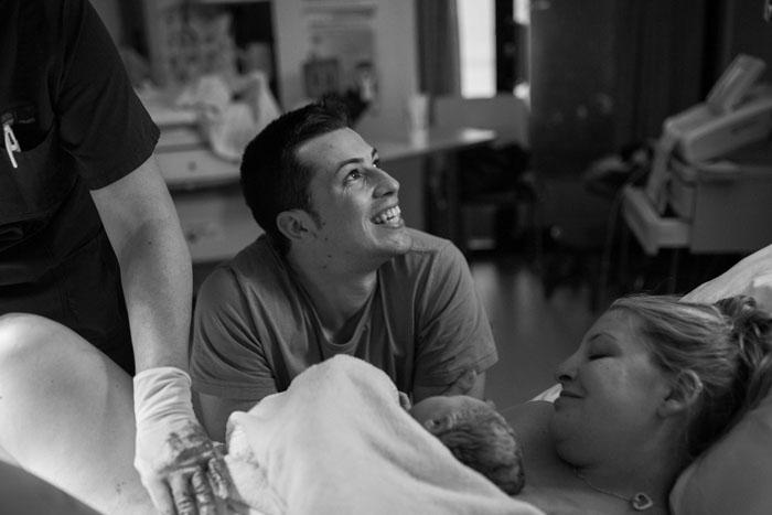 Счастливые родители. Фото: River&Bel.