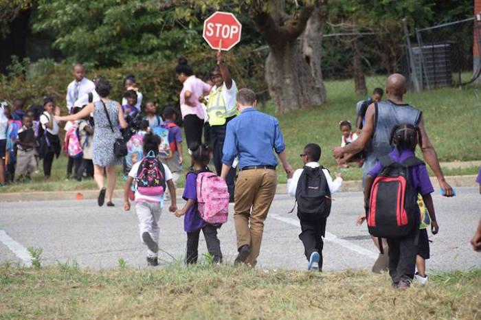 Учителя начали провожать учеников домой после занятий вот три года назад.