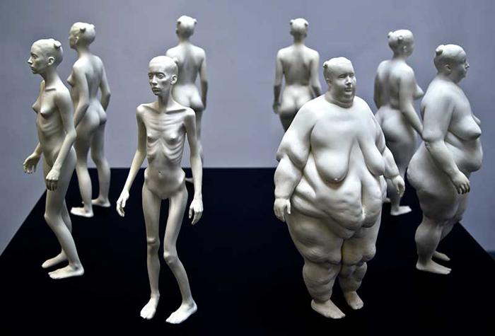 Ева - скульптурная композиция Теда Лоусона.