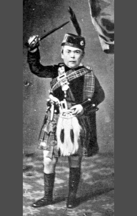 Генерал Том-Там в возрасте 23 лет.
