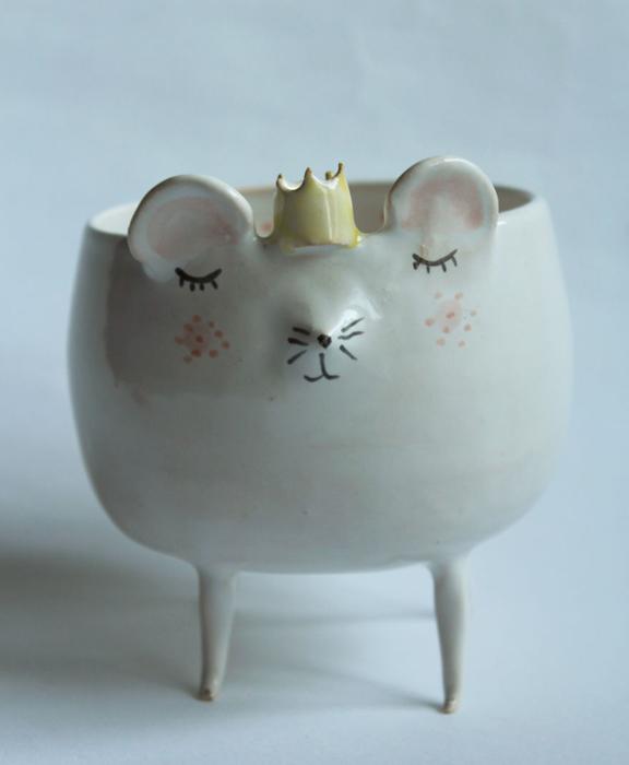 Миска в виде мышки.